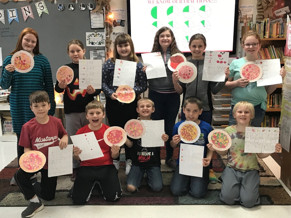Mrs. Joyner's Fourth Grade Makes Fraction Pizzas