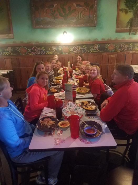 B Team Softball Girls reward lunch Oct 2018